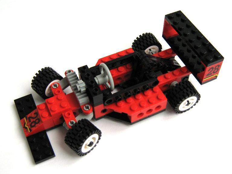 Как сделать гоночную машину из лего техник видео