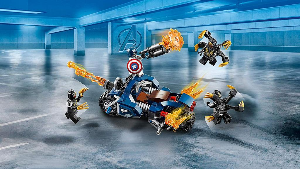 LEGO Marvel Avengers Captain America Outriders Attack 76123