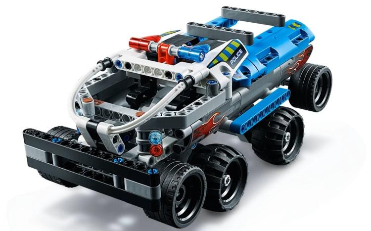 bricker construction toy by lego 42090 getaway truck. Black Bedroom Furniture Sets. Home Design Ideas