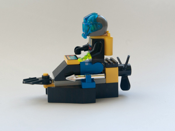 //st.bricker.ru/images/uploads/thumbs/optim/1/posts/LEGO_6100-11.jpg