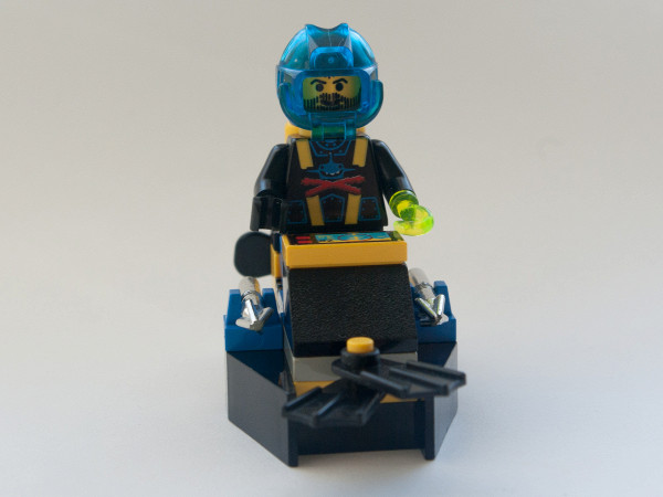 //st.bricker.ru/images/uploads/thumbs/optim/1/posts/LEGO_6100-12.jpg