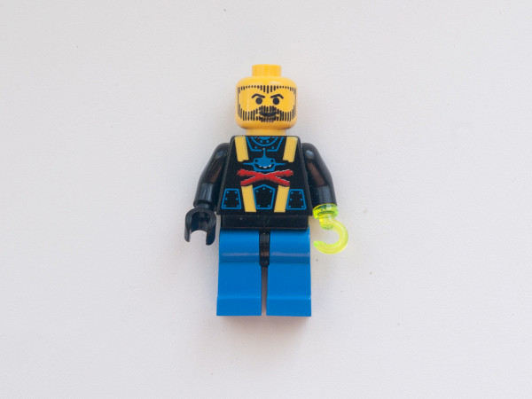 //st.bricker.ru/images/uploads/thumbs/optim/1/posts/LEGO_6100-2.jpg