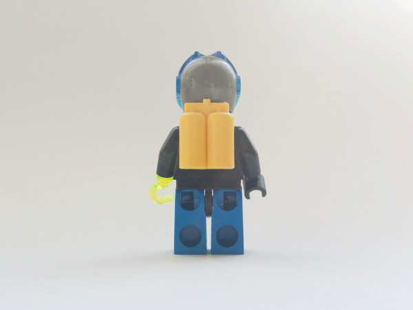 //st.bricker.ru/images/uploads/thumbs/optim/1/posts/LEGO_6100-5.jpg