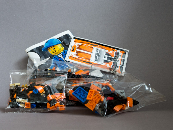 //st.bricker.ru/images/uploads/thumbs/optim/1/posts/LEGO_75880/75880_review-04.jpg