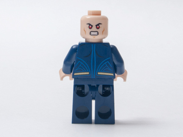 //st.bricker.ru/images/uploads/thumbs/optim/1/posts/LEGO_76044/LEGO_76044-9.jpg